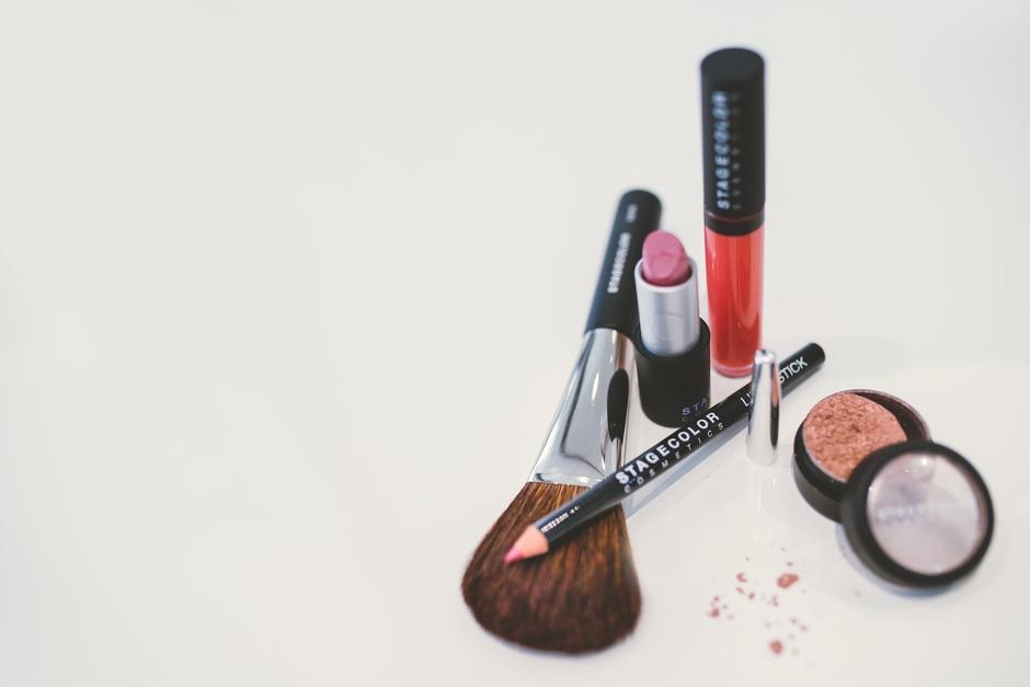 Beauty Lounge, Raika Niederer, Kosmetik, Beauty, Verwöhnen, Makeup, Schminken, Hochzeit, Hochzeitsmakeup, Pflege